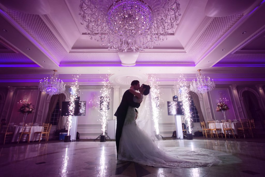 wedding photography couple ballroom