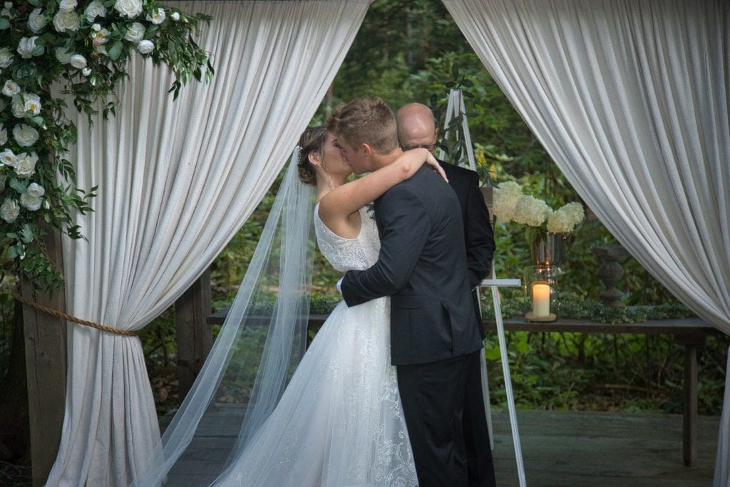 Emma-and-Tim-Tall-Timbers-Summer-Wedding-LMS-2020-1208